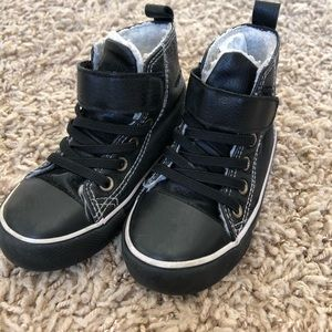 Other - Size 7.5 toddler boys high top sneakers